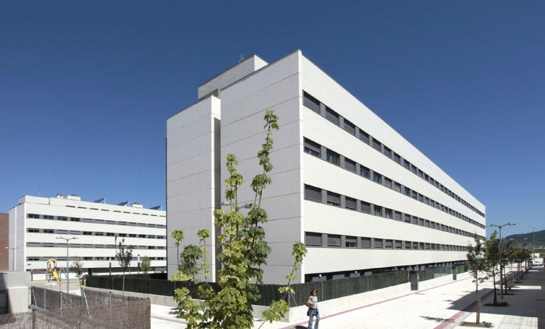 Vista exterior 4. 110 VPO Sarriguren. Apezteguia Architects