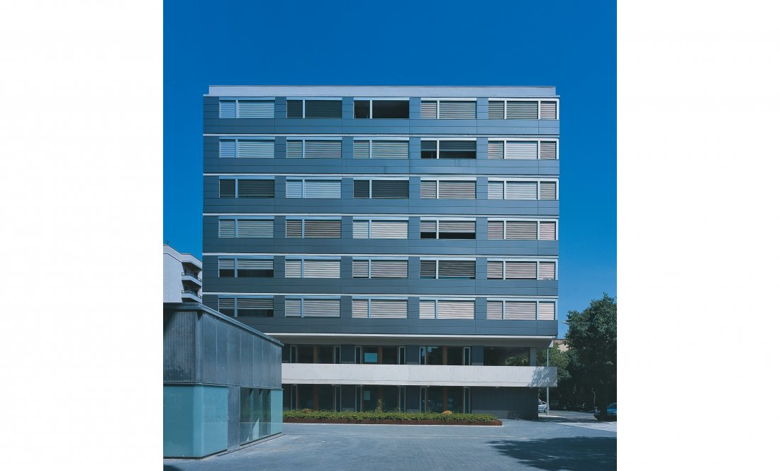 apartamentos tutelados iturrama 01. Apezteguia architects