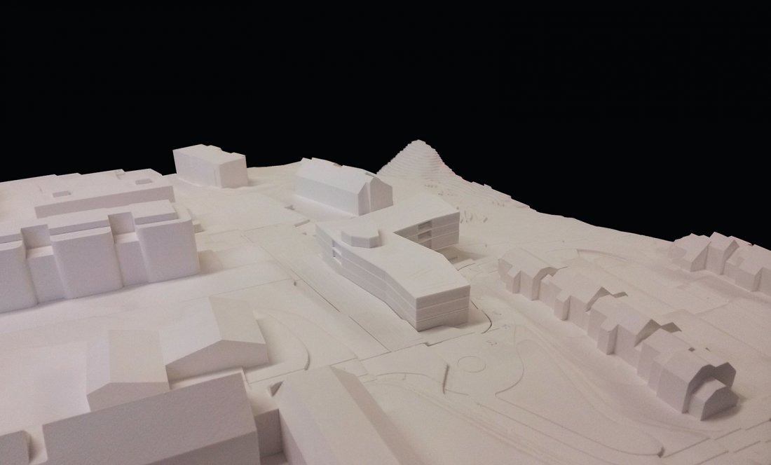 EMS LES TINES_NYON_MAQUETA 4_APEZTEGUIA Architects