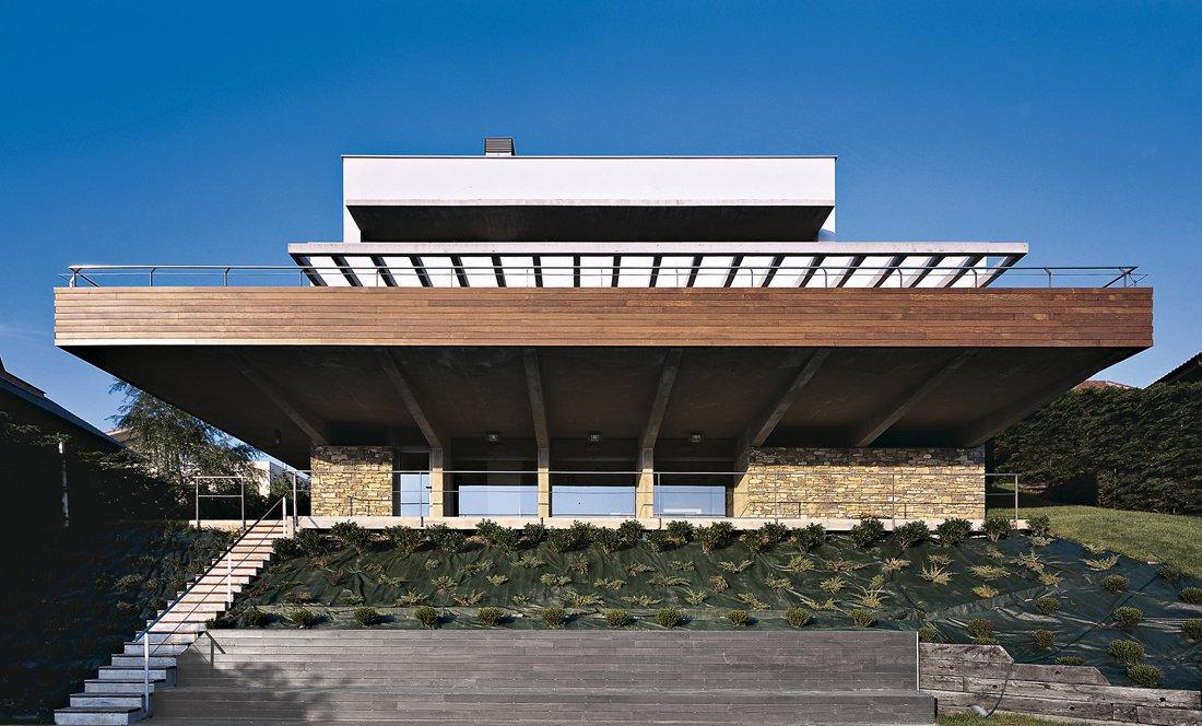 Vista exterior 1. Gorraiz 2. Apezteguia Architects