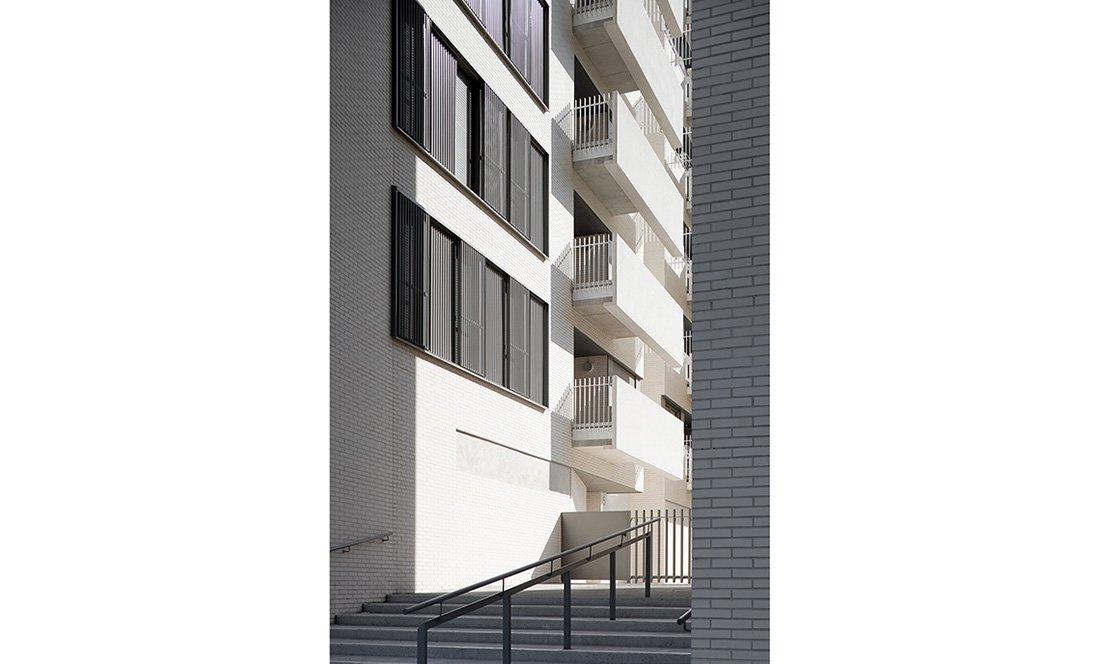 apezteguia architects_145 VPO lezkairu_detalle 1