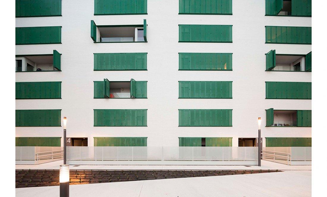 apezteguia architects_70 VPO Arrosadía_alzado sur